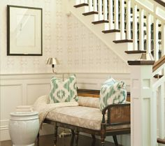 1000 images about foyer on pinterest foyer bench for Foyer seating area ideas