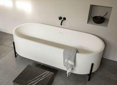 Stand Washbasin and Bathtub - Norm Classic Bathroom, Clawfoot Bathtub, Home Upgrades, Monochrom, The Ordinary, Minimal, Design, Marina Del Rey
