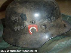 Wehrmacht Stahlhelm M35, schwarz (auf alt gemacht - used look) / mehr Infos auf: www.Guntia-Militaria-Shop.de