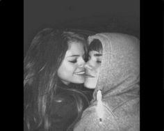 Selena Gomez Justin Bieber Feud: Selena Slams New Girl, Sofia Richie? - http://www.morningledger.com/selena-gomez-justin-bieber-feud-selena-slams-new-girl-sofia-richie/1392501/