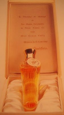 "Perfume Shrine: Frequent Questions: All about the Guerlain ""Umbrella"" Bottle"