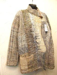 Weaving Art, Loom Weaving, Hand Weaving, Sashiko Embroidery, Textiles, Clothing And Textile, Boho Fashion, Fashion Design, Textile Design