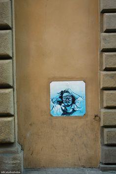Blub (L'arte sa nuotare) interpreta l'autoritratto di Gustave Courbet, Via della Spada, Firenze (Toscana, Italy) - by Silvana, marzo 2015