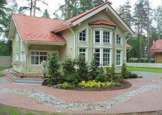 Cette maison de luxe en bois se trouve en Carélie: il s'agit une maison en bois d'Ikihirsi en madriers contre-collés. Cette maison en provenance de la Finlande est très confortable et spacieux.