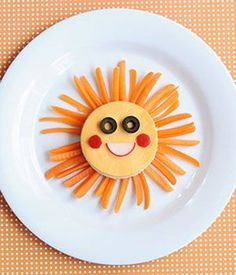 Want to add some fun to your kid's lunches and snacks? Check out these awesome (and easy) food ideas from Jill Dubien!