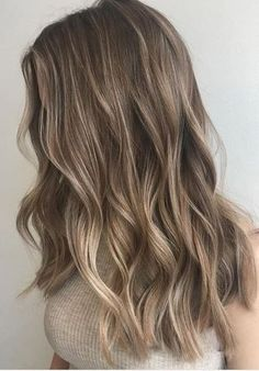 natural looking balayage highlights