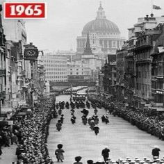 Winston Churchill Funeral Going Through The City Of London England In 1965 London History, British History, World History, Asian History, Tudor History, Ancient History, Vintage London, Old London, London City