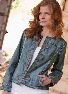 джинс Jean Jacket Outfits, Denim Outfit, Denim Fashion, Fashion Over, Denim Ideas, Diy Clothes, Blouses For Women, Creations, Fashion Dresses