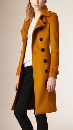 Sandringham Fit Cashmere Trench Coat Umber Yellow | Burberry