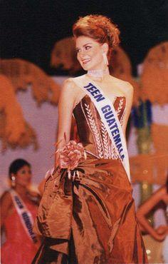 Miss Teen Guatemala 2002 Marie Claire Palacios
