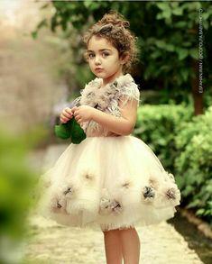 New Fashion : Cuty Anahita Maryam Cute Little Baby Girl, Beautiful Baby Girl, Pretty Baby, Beautiful Beach, Cute Baby Girl Pictures, Cute Girl Pic, Beach Pictures, Cute Baby Girl Wallpaper, Summer Wallpaper