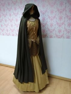 hooded cape wool / hooded cloak  woolen / by BrunhildeFantasy