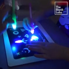 We know that your Child will LOVE this toy so make sure to order more for Siblings! # Parenting drawing Light Drawing – Fun And Developing Toy Toddler Toys, Baby Toys, Toys For Boys, Kids Toys, Diy For Kids, Gifts For Kids, Carters Baby Girl, Baby Girls, Ideas Geniales