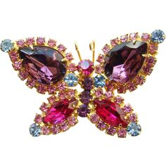 Juliana Pink Red Blue Rhinestone Butterfly Brooch C1960s Arched Wings DeLizza Elster