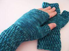 Ravelry: Berry Hill fingerless mittens pattern by Liz Thompson Free pattern ... DK wgt ... 120 - 122 yards