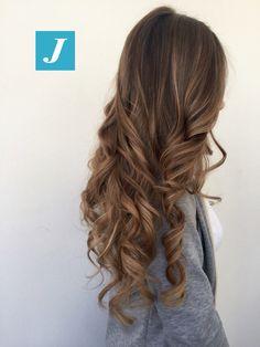 La magia del Degradé Joelle! #cdj #degradejoelle #tagliopuntearia #degradé #igers #musthave #hair #hairstyle #haircolour #longhair #oodt #hairfashion #madeinitaly