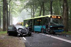 Ravage na aanrijdiging met stadsbus in Hilversum - FotoJakma.nl