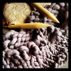 store masker #storemasker #strikk #chunkyyarn #chunkyknit #merino #yarn #handknitting #extremknitting #bigknitting #madebyme #mindesignstrikk #Padgram