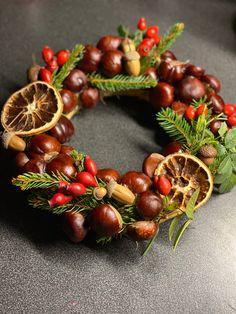 Christmas Wreaths, Creations, Holiday Decor, Home Decor, Decoration Home, Room Decor, Home Interior Design, Home Decoration, Interior Design