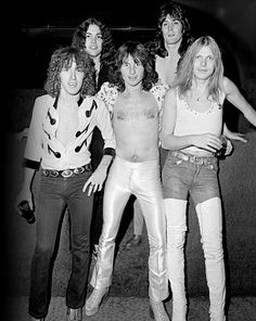 UFO 1977Danny Peyronel, Andy Parker, Phil Moog, Pete Way and Michael Schenker