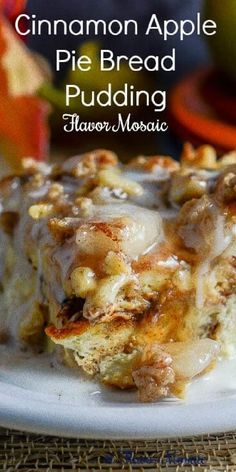 A bread pudding that combines apple pie and cinnamon rolls into one bread pudding! Delicious!   #BreadPudding #AppleDessert #AppleBreadPudding #FlavorMosaic Apple Desserts, No Bake Desserts, Easy Desserts, Apple Pie Bread, Bread Pudding With Apples, Slow Cooker Desserts, Homemade Pie, Latest Recipe, Best Dessert Recipes