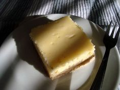(White) Chocolate Cheesecake Shortbread Bars