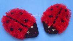 ladybug washcloth Washing Clothes, Ladybug, Minis, Elsa, Knit Crochet, Coin Purse, Winter Hats, Beanie, Knitting
