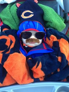 So that's what Mike Ditka looked like as a baby. I'm pinning it even tho it's da bears....