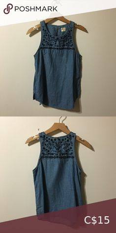 Shop Women's GAP Blue size XS Tank Tops at a discounted price at Poshmark. Description: XS GAP denim tank with embroidered detailing. Top Colour, Gap, Summer Dresses, Denim, Tank Tops, Best Deals, Closet, Things To Sell, Style