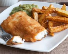 Battered Fish and Chips Recipe : Peel&Cut potatoes into chips. - Battered Fish and Chips Recipe : Peel&Cut potatoes into chips. Rinse thoroughly under cold running w - Tefal Actifry, Actifry 2 In 1, Cod Recipes, Fish Recipes, Cooking Recipes, Yummy Recipes, Fish And Chips, Power Air Fryer Recipes, Air Fryer Fish