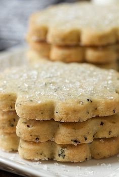 """London Fog Vanilla Bean Shortbread - buttery, melt in your mouth shortbread cookies with lots of vanilla beans and a fun secret ingredient that makes them qualify for the name """"London Fog""""!"""