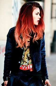 The Most Gorgeous Red Ombre Hair Ideas for Fiery LadiesYou can find Bright red hair and more on our website.The Most Gorgeous Red Ombre Hair Ideas for Fiery Ladies Best Ombre Hair, Brown Ombre Hair, Ombre Hair Color, Cool Hair Color, Hair Colour, Ombre Look, Professional Hair Color, Beautiful Red Hair, Amazing Hair