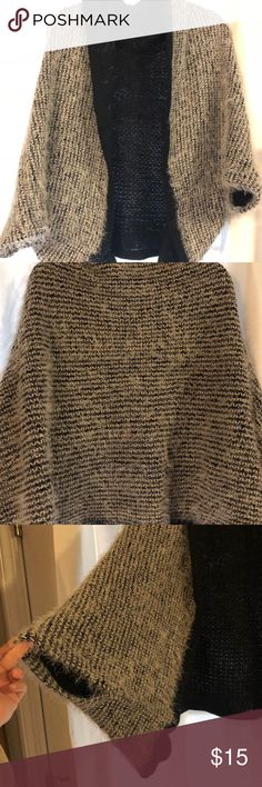 Beautiful sweater Beautiful sweater with puffy sleeves, smoke/pet free home! Very hard to see the true color and detail of this item! Sweaters Cardigans