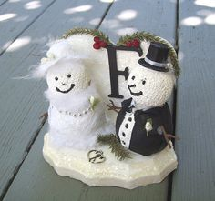 SNOWMAN Cake Topper Winter Wedding PERSONALIZED by Oddsurd on Etsy
