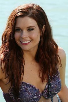 Joanna Garcia Swisher teases Ariel on 'Once Upon a Time'