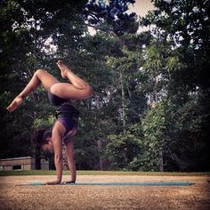 #fbf missing my #louisiana! #photo captured during my #spring visit to my #familyhome. #yoga #homesweethome #handstand #handstandmania #yogashorts #legs #downhome #yoga365 #lovemylife #spirituallyflyMudra #spirituallyfly