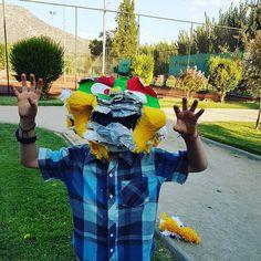 ...El #niño cara de #piñata #cosasdeniño #cosasdepapa