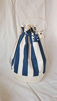 Navy blue stripes bag bucket bag handmade printed par SUNSUELLE