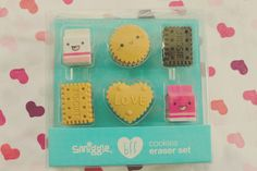 I love smiggle it is so colourful. Like if you want more smiggle pins. Eraser Collection, Cute Stationary, Smiggle Stationary, Cool Erasers, School Suplies, School Accessories, Kids Makeup, Cute School Supplies, Kawaii Stationery