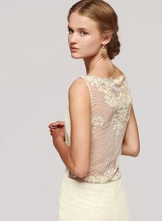 Vestidos de noiva com costas bordadas e transparentes #otaduy #casarcomgosto