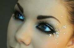 One little line of eyeliner can transform your makeup look in a big way. See the best eyeliner tips now. Rave Makeup, Kiss Makeup, Glitter Makeup, Makeup Art, Makeup Ideas, Makeup Inspo, Cheer Makeup, Sparkly Makeup, Makeup Tricks