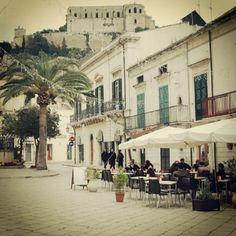 #Scicli: Suoi luoghi di Montalbano. La piazza del Commissario  Instagram: josetriassi    #sciclidigitale #Italy #Sicily #instagram