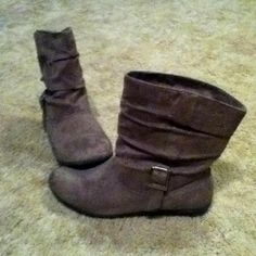 Gray boots. I have ones like these!
