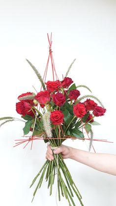 #komarthaclass #komarthalee #flowerlesson #florist #코마샤클래스 #유러피안플라워 #코마샤반포교실 #독일플로리스트반 #국제플로리스트반 #반포 #반포플라워레슨 #꽃다발  #구조물 #florist #strauss