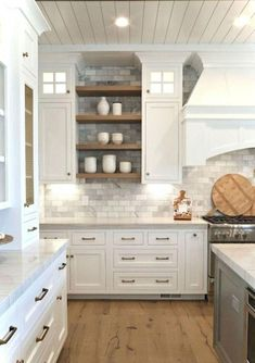 Awesome Rustic Farmhouse Kitchen Cabinets Decor Ideas Of Your on Home Inteior Ideas 2317 Kitchen Cabinets Decor, Farmhouse Kitchen Cabinets, Cabinet Decor, Modern Farmhouse Kitchens, Kitchen Redo, New Kitchen, Home Kitchens, Rustic Farmhouse, Cabinet Makeover