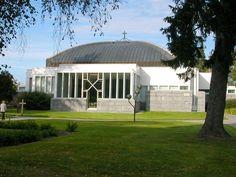 Lieksan kirkko. Rajan Pinnassa Grave Monuments, Graveyards, Finland, Cathedral, Mansions, Landscape, House Styles, Historia, Scenery