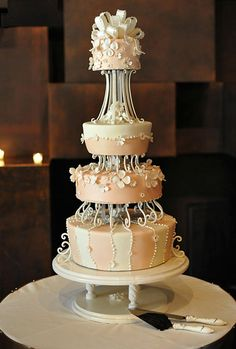 Need wedding cake ideas? We got you covered with over unique, simple, elegant, and beautiful wedding cake design inspirations. Extravagant Wedding Cakes, Beautiful Wedding Cakes, Gorgeous Cakes, Pretty Cakes, Amazing Cakes, Scroll Wedding Cake, Cake Design Inspiration, Gateaux Cake, Cake Online