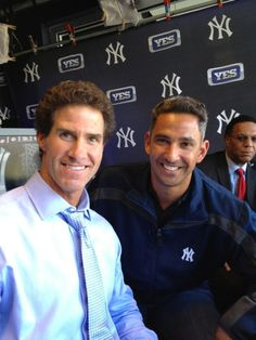 New York Yankees..love Paul O'Neil , he was my favorite before he retired. .♥ #21!! he had a great arm, ,miss him !