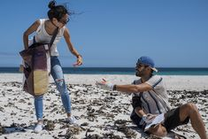 ekima-equipe-team-engagee-tourisme-responsable-beach-clean-up-ekima-smile--ekima-smile-02699 Beach Clean Up, Rangers, Travel Blog, Cleaning, Smile, Animal Protection, White Sand Beach, Sustainable Tourism, Surfer Girls