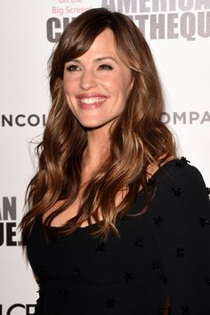 Jennifer Garner Photos - Actress Jennifer Garner attends the American Cinematheque Award honoring Matthew McConaughey at The Beverly Hilton Hotel on October 2014 in Beverly Hills, California. - Arrivals at the American Cinematheque Award — Part 2 Beautiful Smile, Most Beautiful Women, Elizabeth Berkley, Christian Films, Michelle Monaghan, The Beverly, Female Actresses, Matthew Mcconaughey, Ben Affleck
